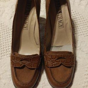 ❤️Ellen Tracy SPADE Penny Loafers 3 Heels 7M Brown